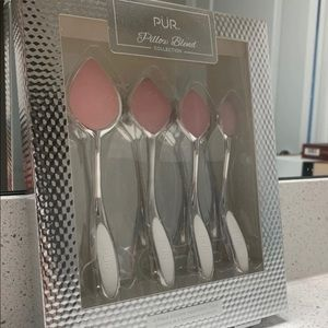 Pillow Blend Collection Applicator Tools